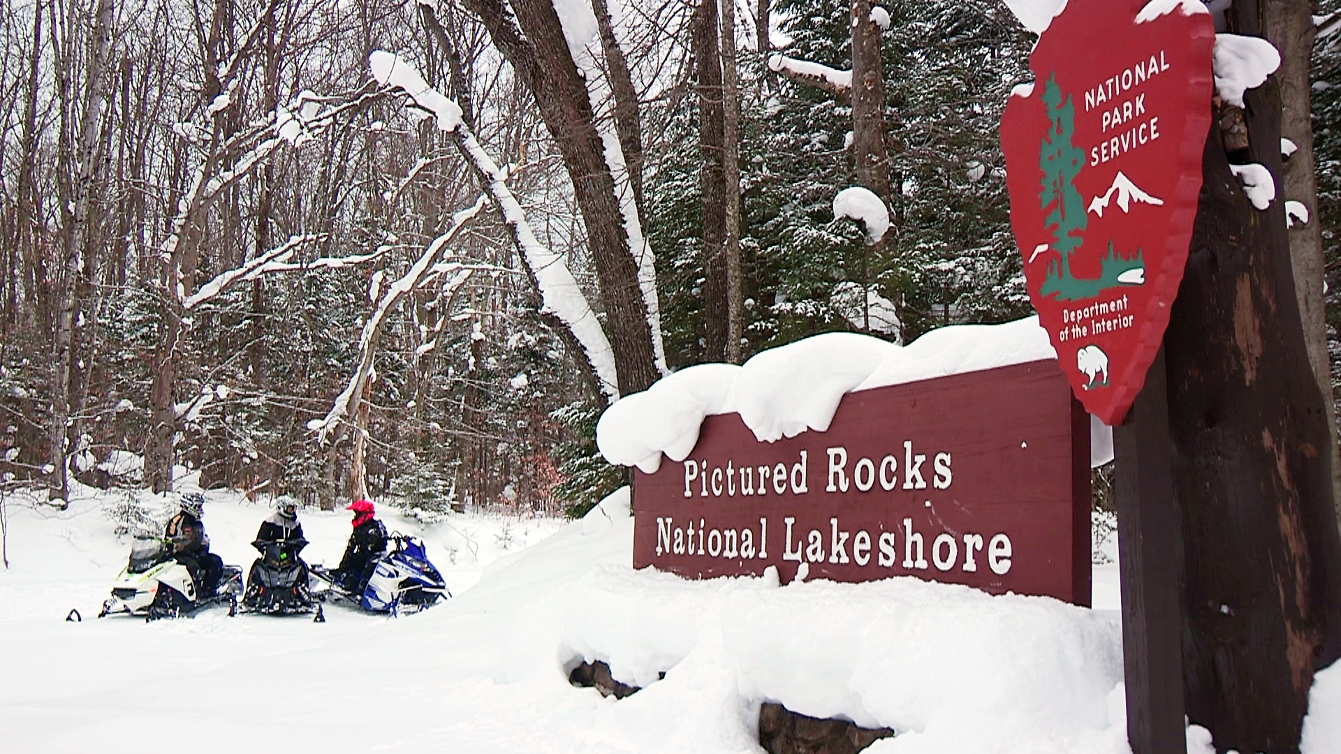 Munising Snow Snowmobiling Trails And Info For Upper Peninsula Of